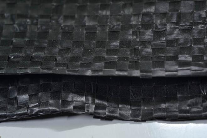碳黑色�①�袋批�l�~粉袋65*110�S敏~粉蛇不��又半�c��_皮袋包�b50公斤○粉末袋示例�D8