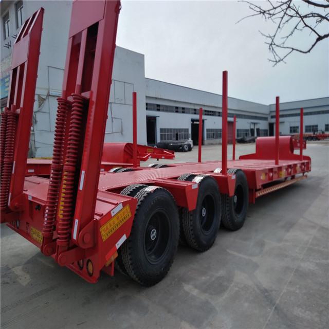 轻型 13米低平板半挂车长和宽具体配置参数 轻体货车生产厂家