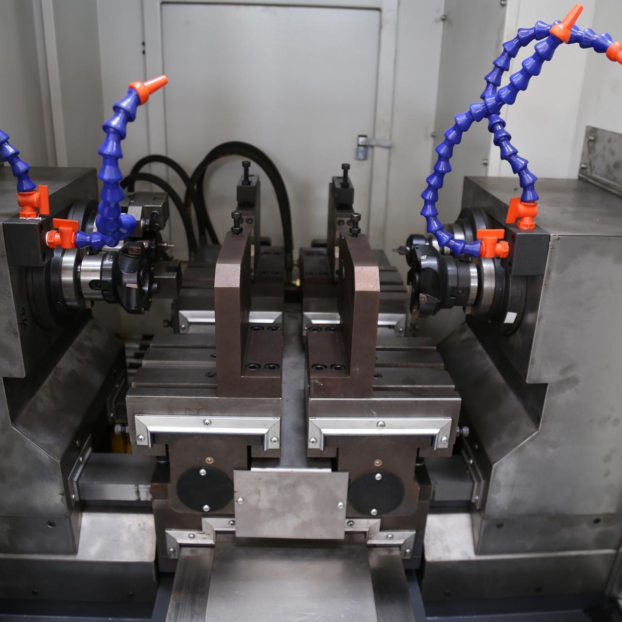 铣打机,铣端面打中心孔机床型号ZK8220厂家直销 加工直径200
