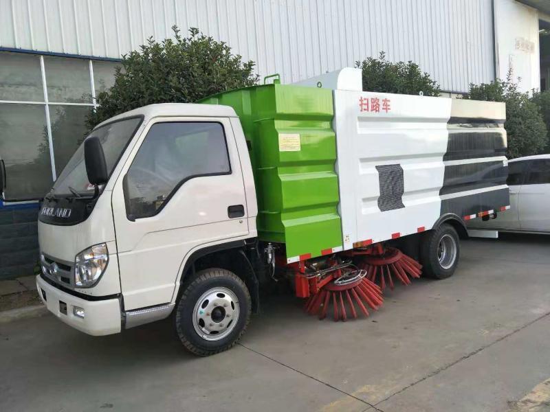 厂家供应国六东风多利卡程力威牌CLW5070TSLE6扫路车 环卫扫路车厂家直销示例图1