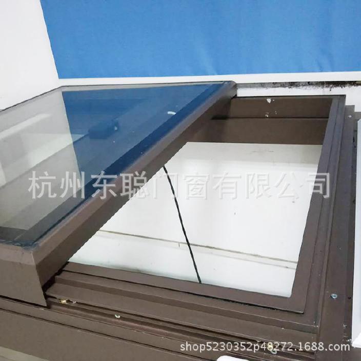 新款上市铝合金天窗 防盗通风电动天窗 屋顶阁楼上悬天窗厂家直销图片