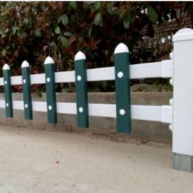 新款熱銷:公園草坪護欄 |綠化草坪護欄|鋅鋼草坪護欄|山西草坪護欄|塑鋼草坪護欄 |白色草坪護欄 |小區草坪護欄圖片