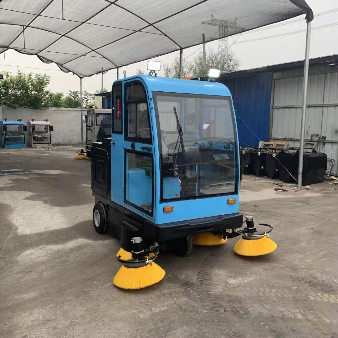 驾驶式电动扫路车厂家  工厂车间电动扫路车 供应小型扫路车 电动驾驶式扫地机