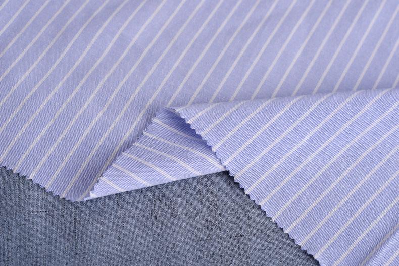 廠家直銷加厚牛津紡條子色織襯衫滌棉布料條紋布連衣裙職業裝面料示例圖10