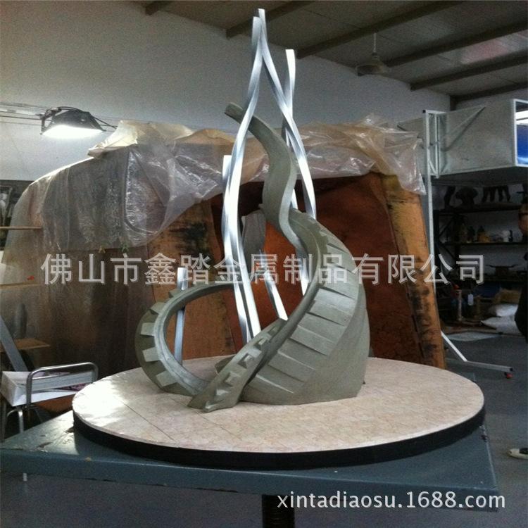 不锈钢工艺品雕塑摆件定做 室内装饰抽象不锈钢雕塑摆件厂家