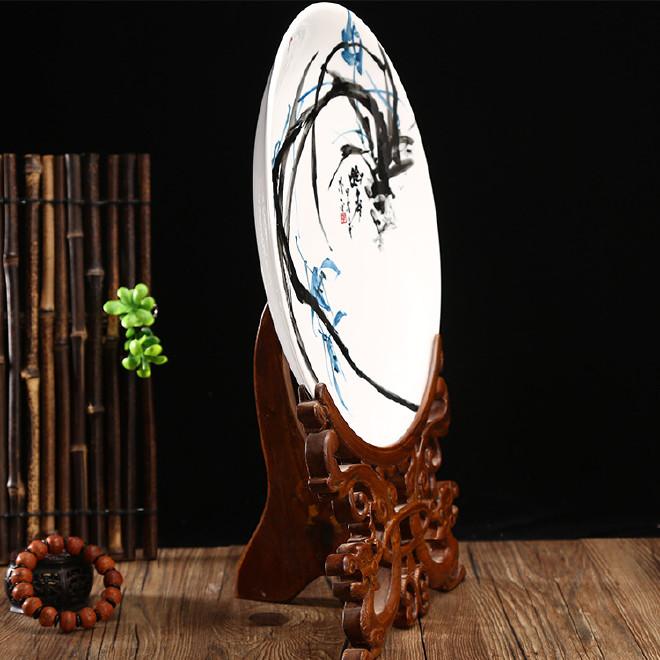 香樟木雕刻摆件支架厂家 挂盘茶叶工艺礼品木质摆件支架 奖盘支架