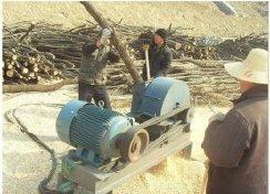 销售小型43木屑机 食用菌专用木材粉碎机 锯末机 菇木粉碎机厂家
