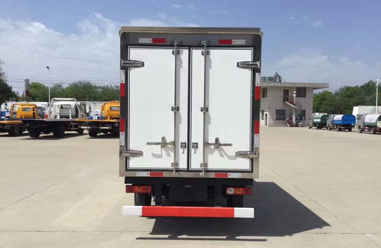 小型冷藏车,厢式冷藏车, 福田驭菱冷藏车,程力厂家示例图5