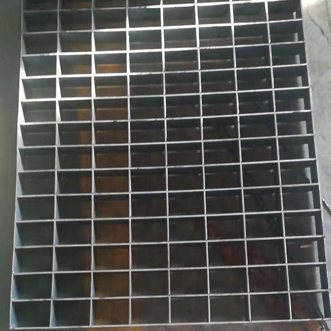 钢格板厂家现货供应热镀锌钢格板 平台踏步钢格板 不锈钢钢格栅板