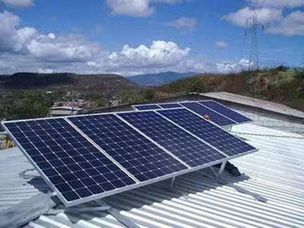 全国高价格太阳能组件回收   专业上门回收  太阳能电池板回收   电池板组件回收示例图3