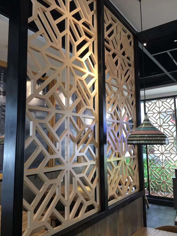 茶社仿古铝窗花定制价格 铝方管开模定制厂家 匠铝出品的中式铝窗花示例图8