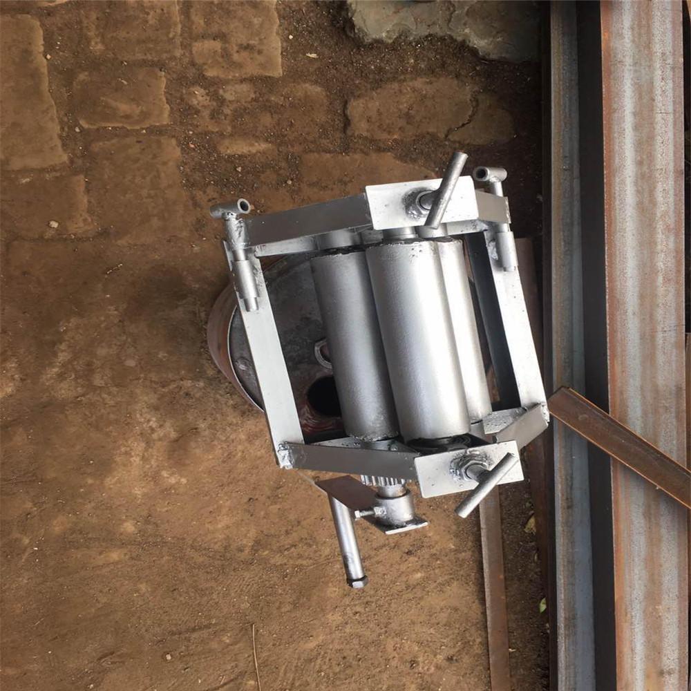 包郵手動小型卷板機手搖卷圓機扁鐵滾圓機訂做電動卷管機鋼筋打圓機