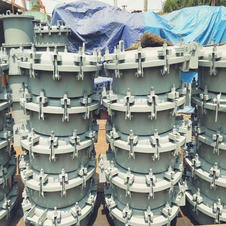 厂家供应 快开人孔 常压人孔  304不锈钢人孔  欢迎选购
