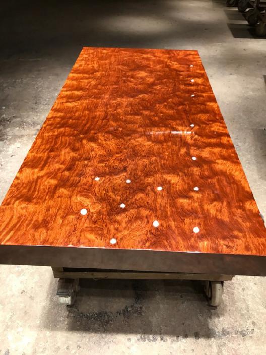 现货巴花大板竞技宝和雷竞技哪个好大板桌家用奥坎黄花梨办公桌原木大板台餐桌示例图17
