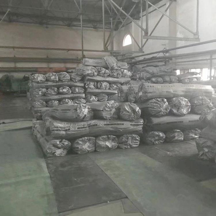 厂家直销橡塑管壳 b1级高密度橡塑发泡保温管 阻燃橡塑管示例图5