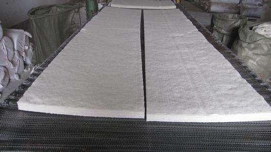 厂家供应优质硅酸铝 含铝保温毯保温棉针刺毯示例图6