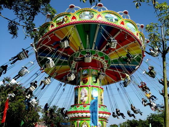 新品上市大型游乐设备飓风飞椅 郑州大洋升降摇头24座豪华飞椅示例图5