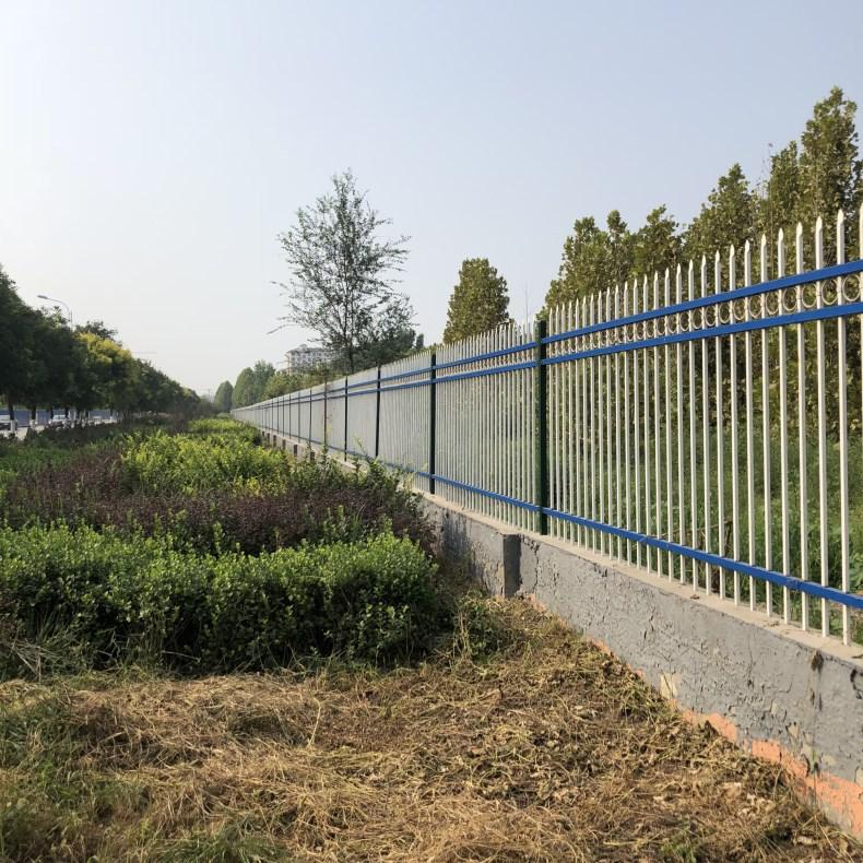 厂家生产 锌钢护栏 栅栏小区 别墅厂区室外绿蓝白喷塑铁艺围栏示例图6