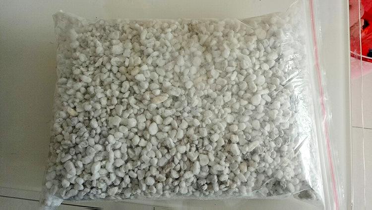 北京供货珍珠岩珍珠粉 憎水珍珠岩 膨胀珍珠岩 珍珠岩颗粒 珍珠示例图12
