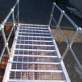 寧波豐旭澤鋼格板廠家  鋼梯踏步板 G255/30/100 防滑踏步板  齒形踏步板  鍍鋅鋼格柵板  專業CAD制作