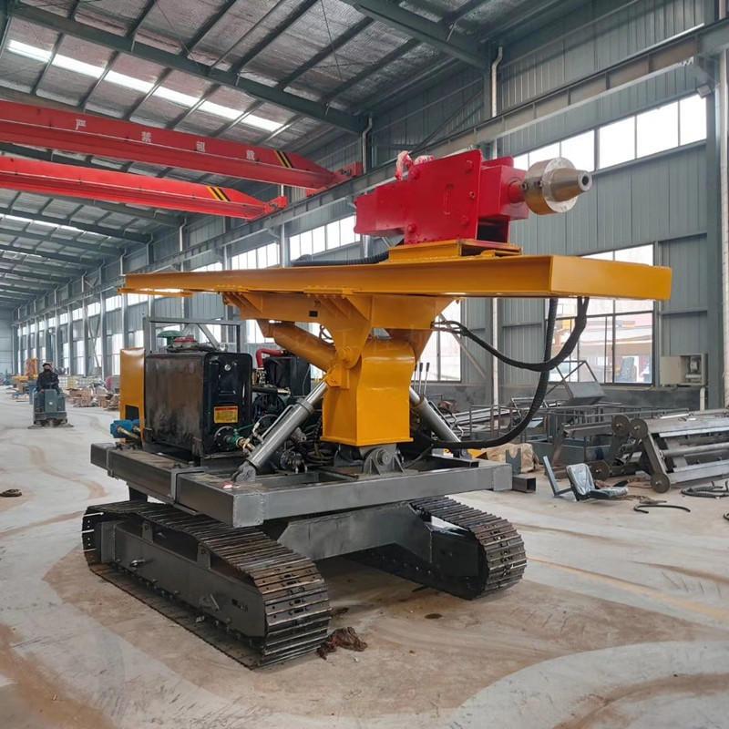 光伏工程液压履带式光伏打桩机 打桩定位准确 发电工程光伏打桩机 4108增压发动机