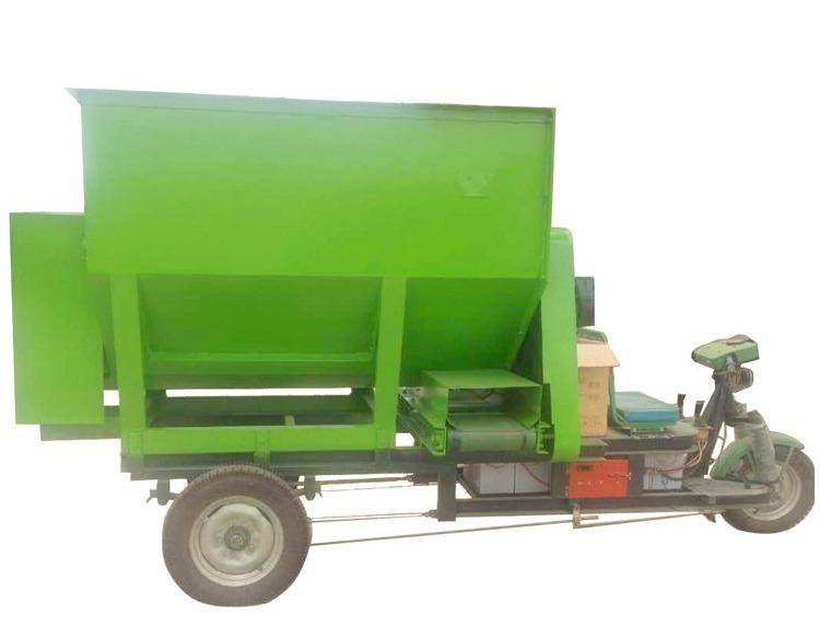 柴油动力撒料车 电动撒料车 养殖饲料撒料车 养殖机械设备撒料车示例图4