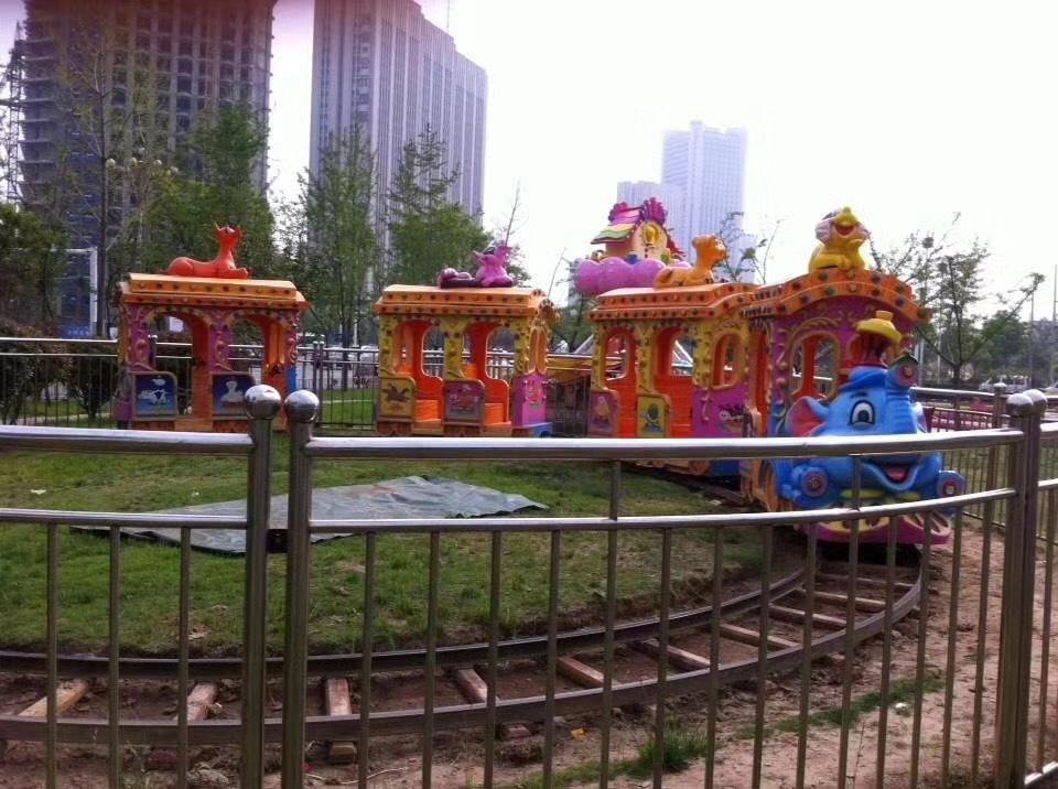 精品推荐儿童游乐无轨观光小火车 大型户外游乐仿古观光火车项目示例图13