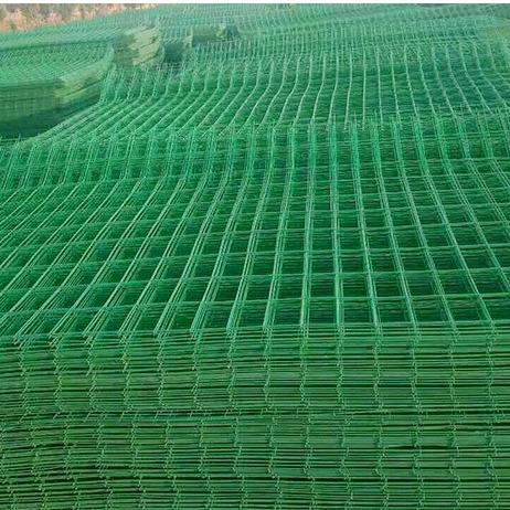 铝美直销 绿色铁丝网围栏圈地   基坑护栏     防攀爬边框公路护栏网