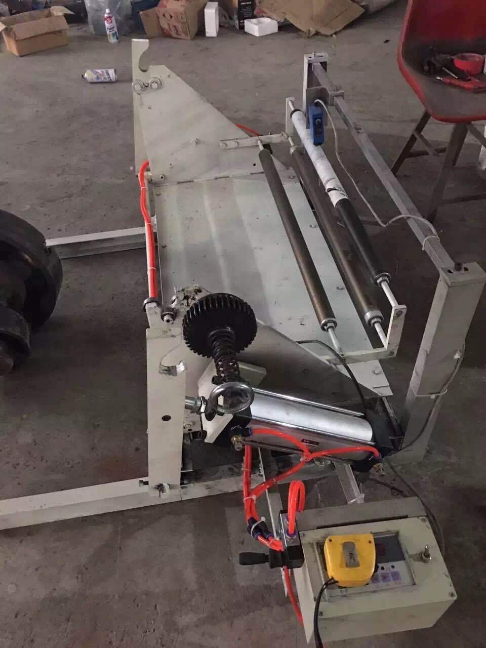 供应制袋机 纠边机气涨轴厂家直销纠边机可定制