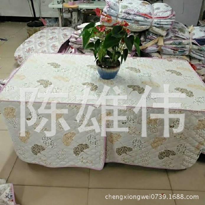 厂家生产钻石绒茶几四开棉桌罩 防水加棉桌布 防油加棉桌布示例图5