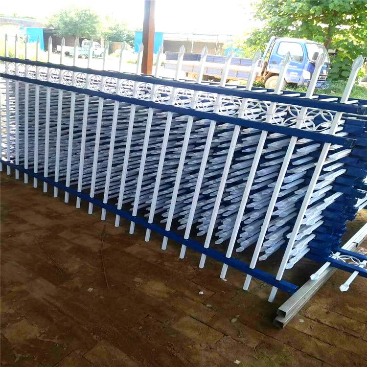 卓辉 护栏厂家 别墅围墙护栏 锌钢护栏 锌钢道路护栏XG10