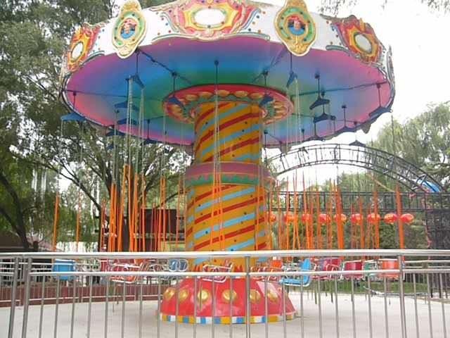 2020游乐场游乐设备新款24座豪华飞椅 大型户外飓风飞椅大洋供应商示例图6
