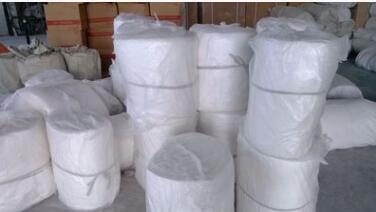 厂家供应优质硅酸铝 含铝保温毯保温棉针刺毯示例图12