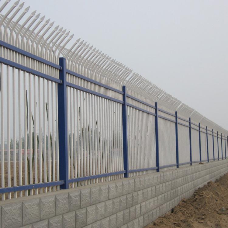 安装锌钢围栏 道路护栏 铁艺围栏 云旭 质优价廉