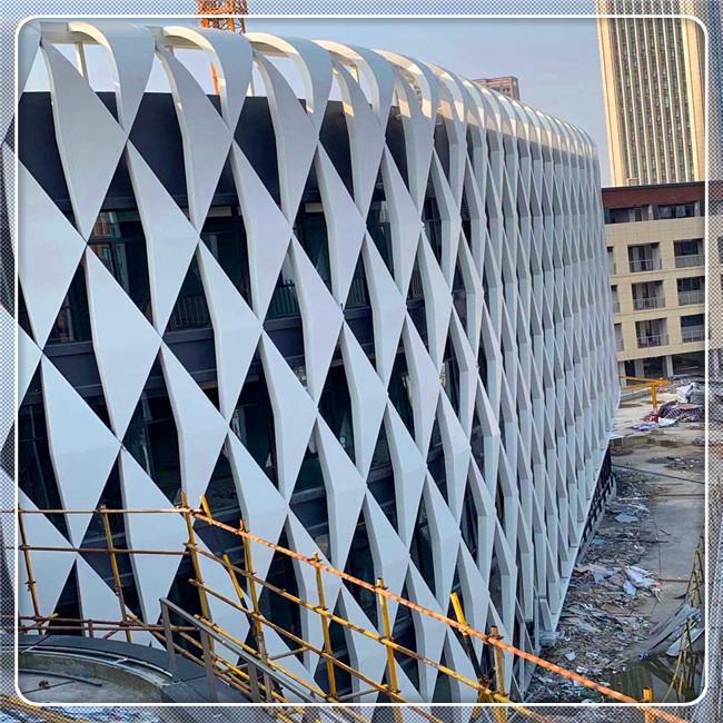 双曲面铝单板运用,铝单板厂家-广东匠铝