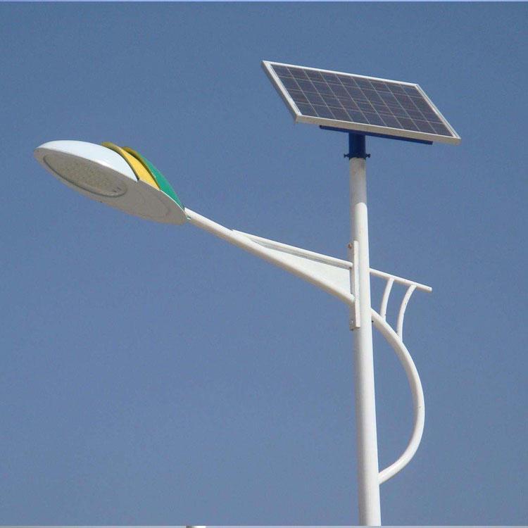 單雙臂led太陽能路燈定制,新農村太陽能路燈安裝報價,通遼做熱鍍鋅路燈桿的廠家