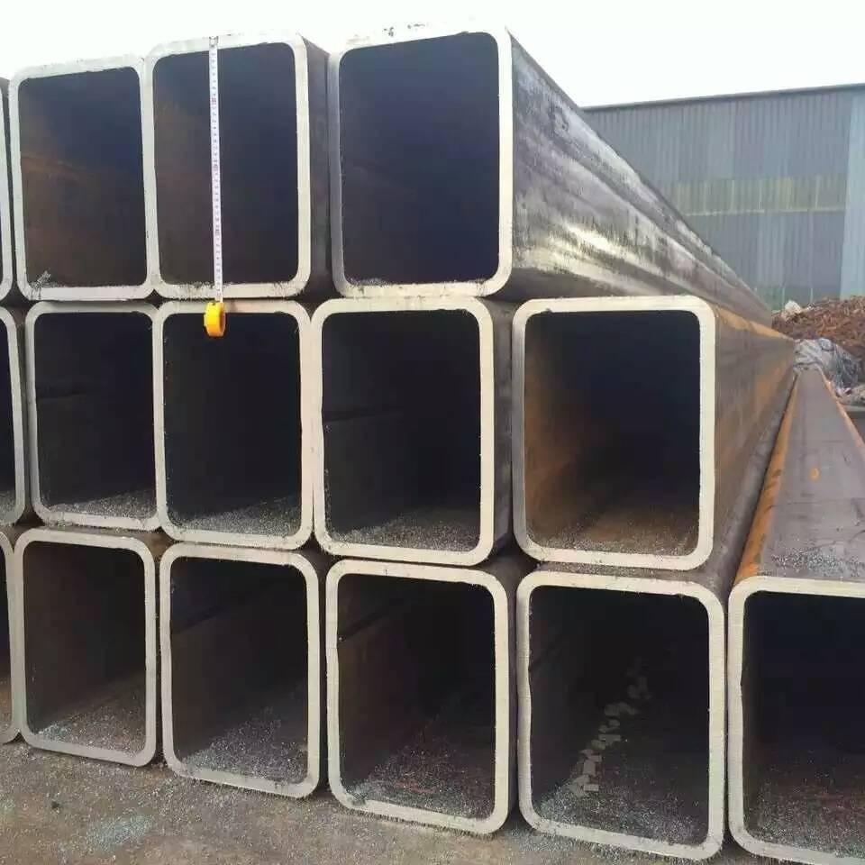 騰越鋼鐵主營銷售 方矩管 涂油方矩管  方管 材質Q235B Q355B可根據客戶要求定做生產
