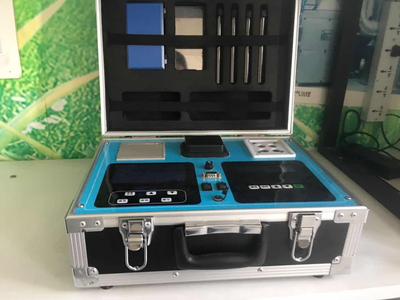 路博LB-CNPT(B)四合一便携式多参数水质分析仪 CNPT(B)水质分析仪示例图1