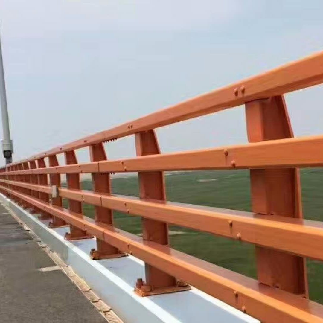 碳素鋼噴塑防撞橋梁護欄、不銹鋼復合管、Q235鋼板立柱制作、201復合管護欄欄桿、304復合管橋梁護欄、道路隔離欄欄桿
