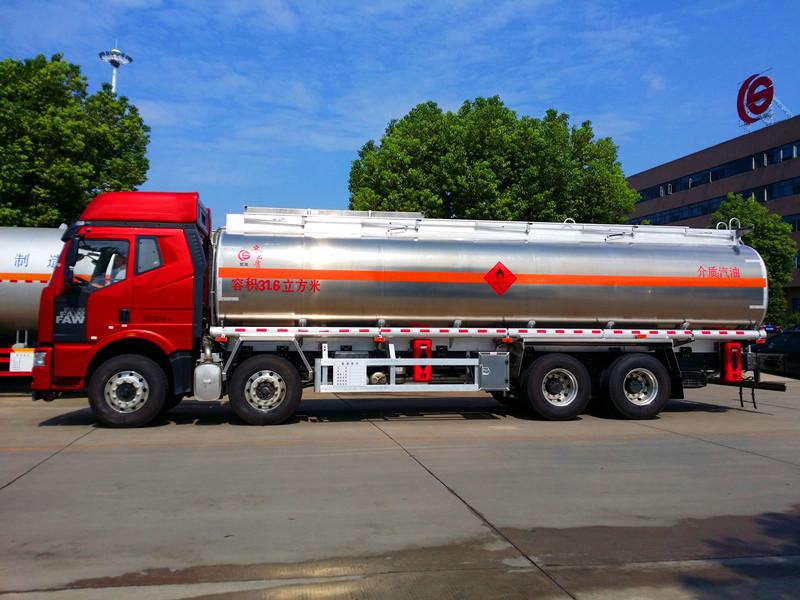 楚勝鋁合金油罐車價格 解放J6鋁合金油罐車廠家直銷  鋁合金油罐車廠家