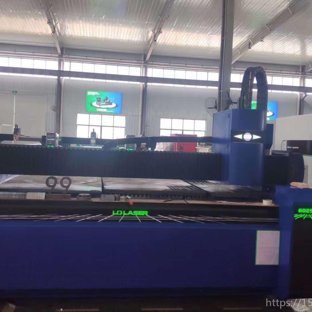 高級激光切割服務北京龍雕激光,20000W高功率光纖激光切割機,切割機配套產品