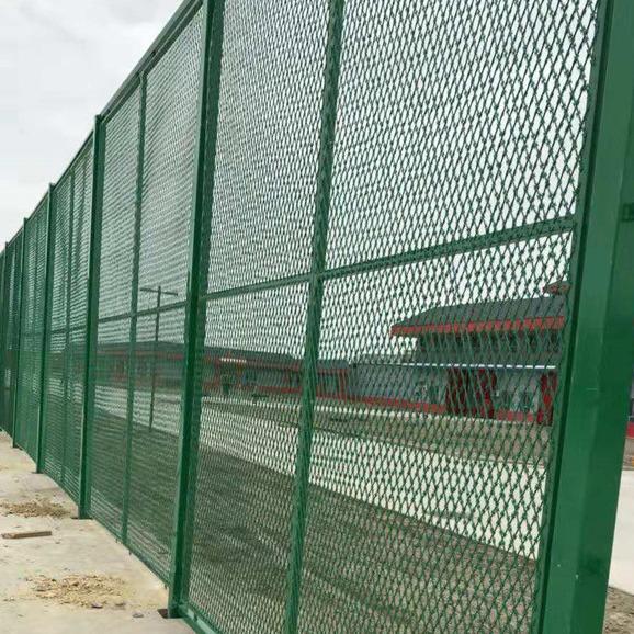 铝美围墙铁丝网    防攀爬边框公路护栏网     绿色铁丝网围栏圈地