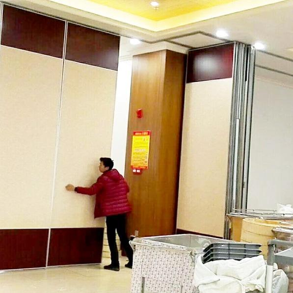 酒店移动隔断墙   会议室活动隔断   展厅隔断屏风    隔音移墙餐厅折叠门