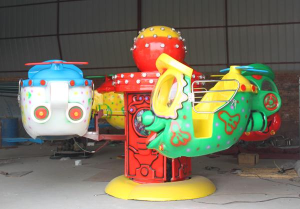 4臂笑脸升降飞机儿童游乐设备 大洋儿童游乐园新款大眼飞机项目示例图4