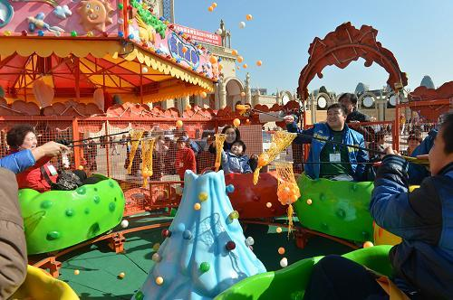 2020室内儿童游乐欢乐喷球车_新款欢乐喷球车项目_郑州大洋欢乐喷球车示例图3