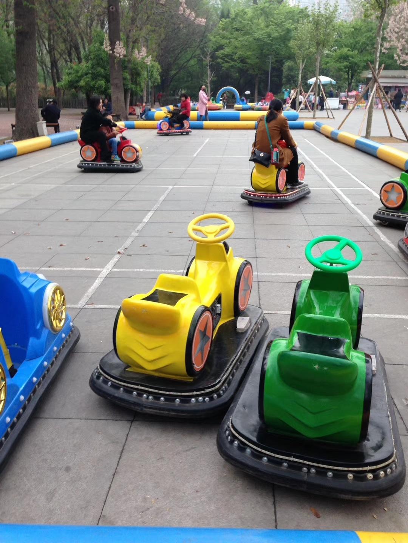 儿童游乐设备广场新款摩托碰碰车 厂家直销现货供应双人火星战车示例图9