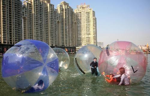 新型游乐水上步行球,现货供应水上步行球给你不一样的游乐体验示例图8
