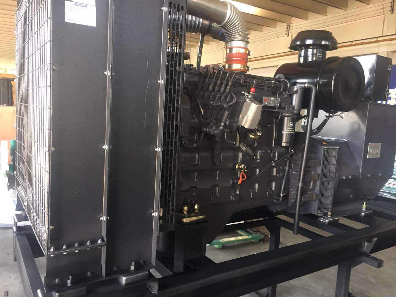 上海凯讯150KW柴油发电机组 配上海斯坦福电机 纯铜电机 电压220V/380V 电流270A 欢迎新老顾客考察参观示例图1